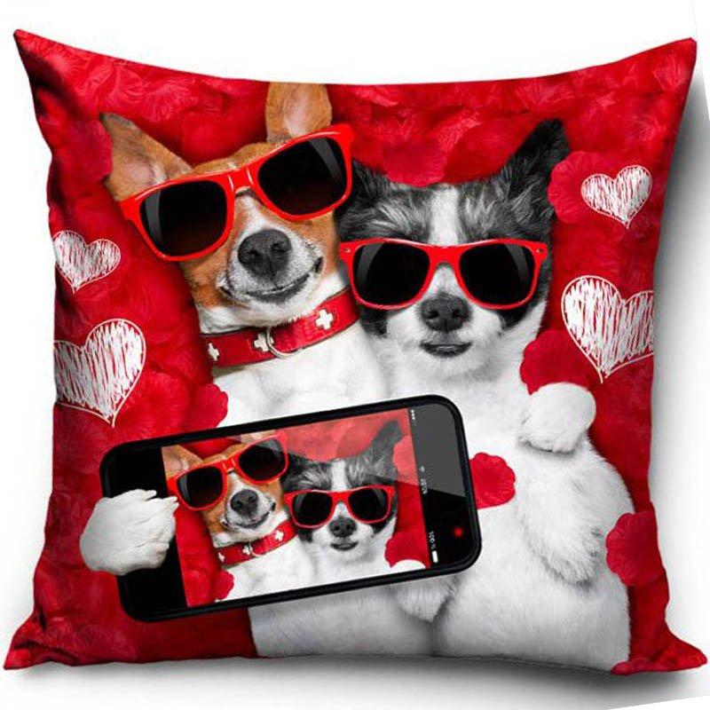 Poszewka Dekoracyjna Walentynki Pies I Kot Selfie 40x40 Cm